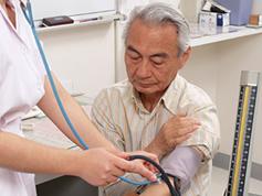 四つ以上の病気を抱える高齢者が、2035年までに倍増する