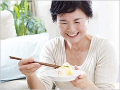 遅めの朝食、早めの夕食が、体脂肪を減らす!?