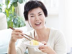 不健康な食生活が、高齢者のフレイル(虚弱)リスクを高める